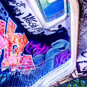 10-ARTCHI-STAIRS20201024-ZOO-ART-SHOW