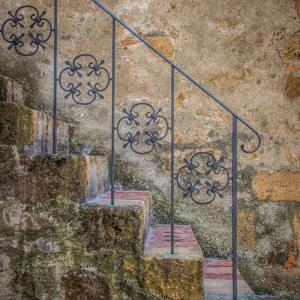 5-ARTCHI-STAIRS20150810-TOSCANE