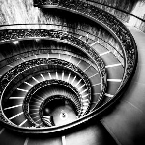 9-ARTCHI-STAIRS20180722-AU-0811-ROME-ET-TOSCANE_NCP2123